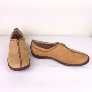 Born Tan Suede Slip-on Loafers w/ Top Center Seam